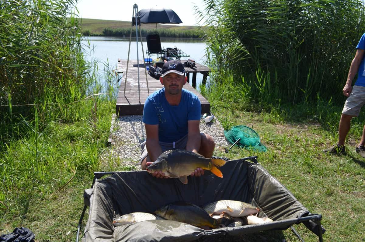 Pescuit la feeder pe Bila 2